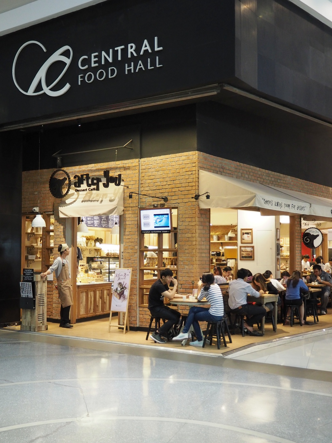 Bangkok Central World After You Cafe | joanne-khoo.com