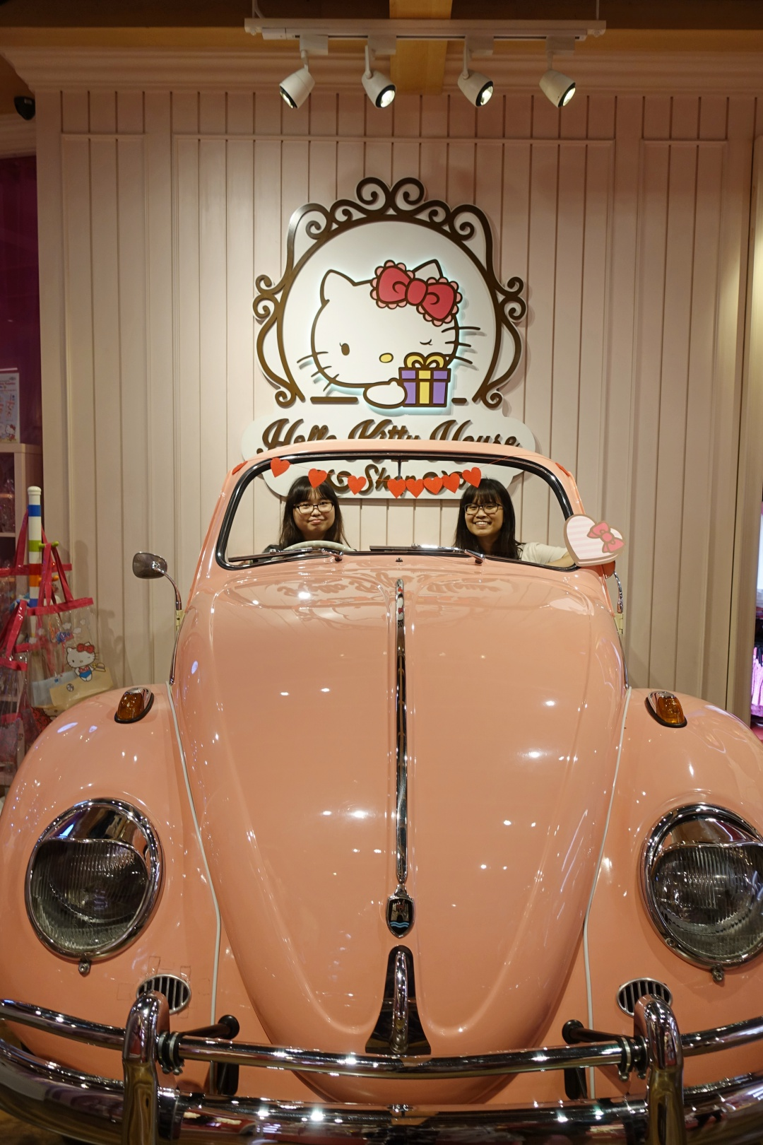 Sanrio Hello Kitty House Bangkok | joanne-khoo.com