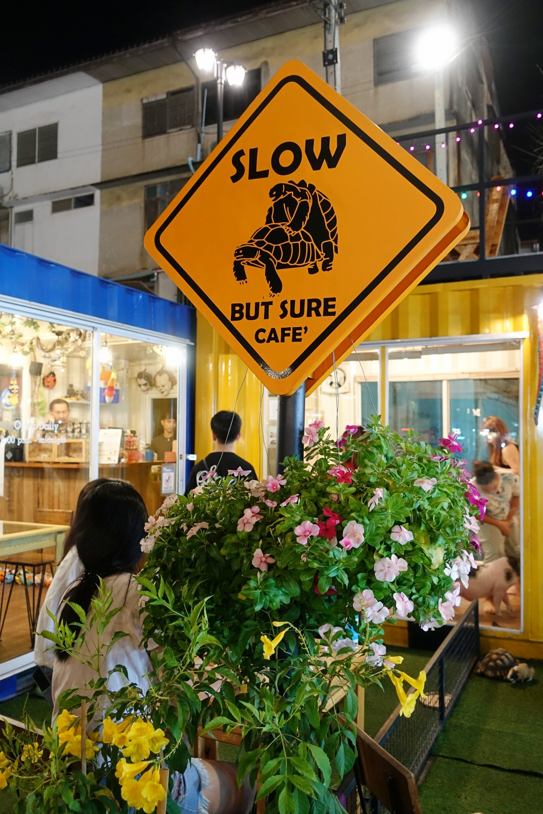 2018 Bangkok Talad NEON Night Bazaar - Slow But Sure Cafe | joanne-khoo.com