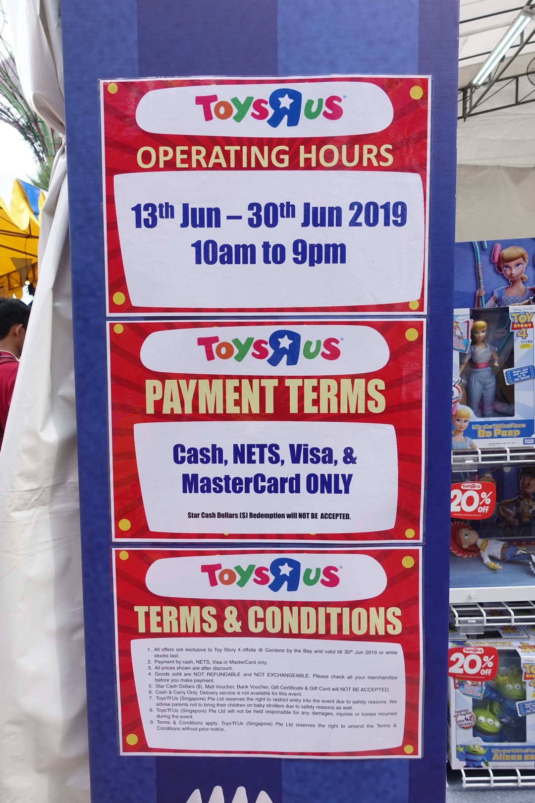 Opening Hours Toys R Us | Children's Festival at Gardens by the Bay | joanne-khoo.com