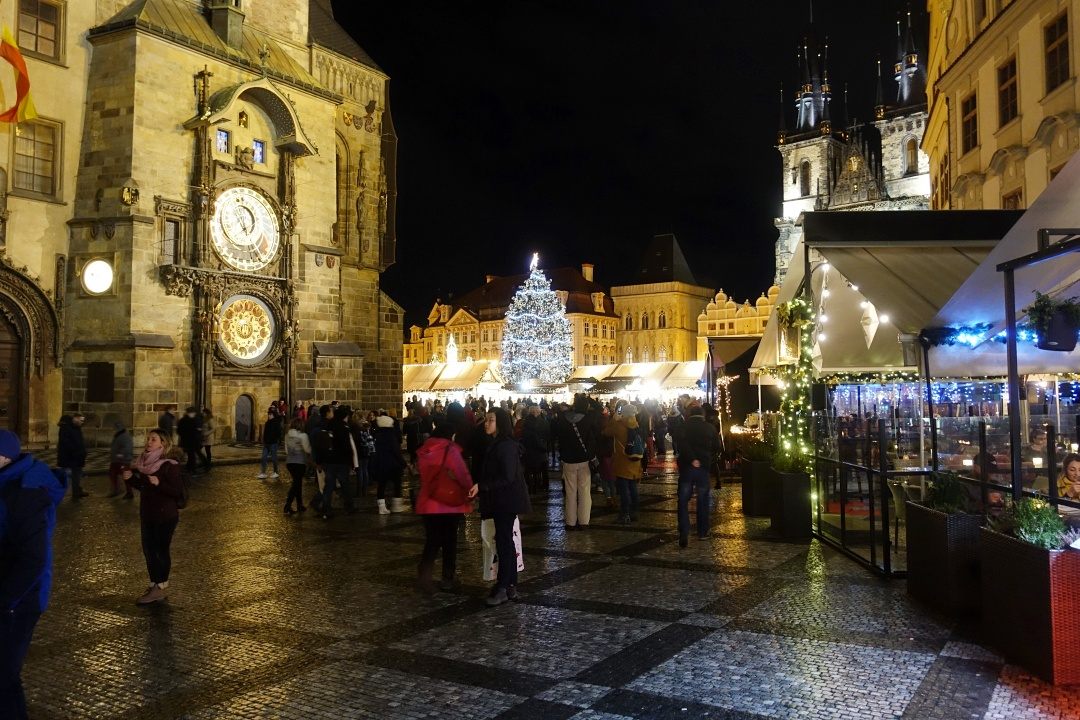 Prague Old Town Square | joanne-khoo.com
