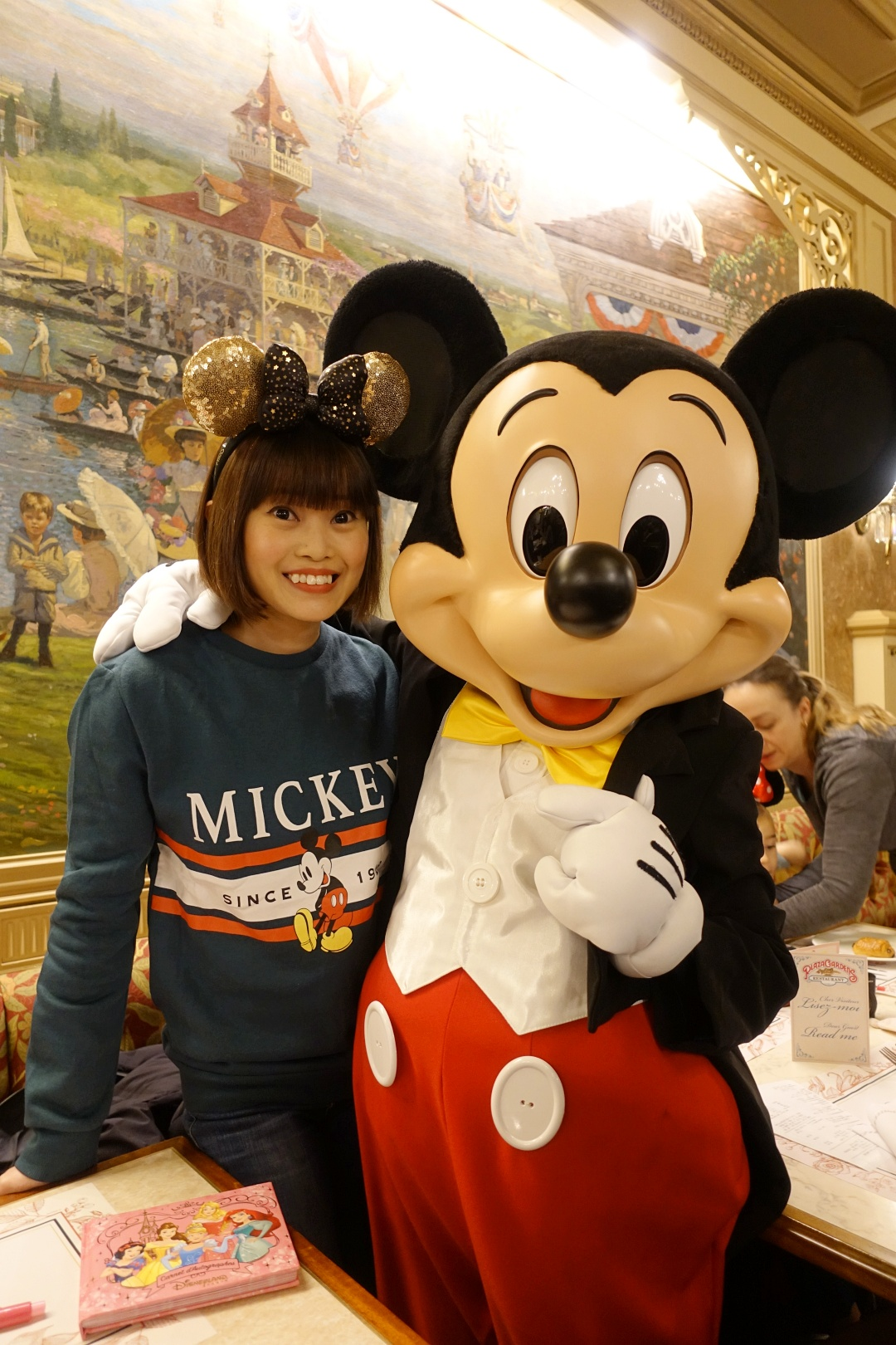 Breakfast with Disney Characters - Mickey Mouse | joanne-khoo.com
